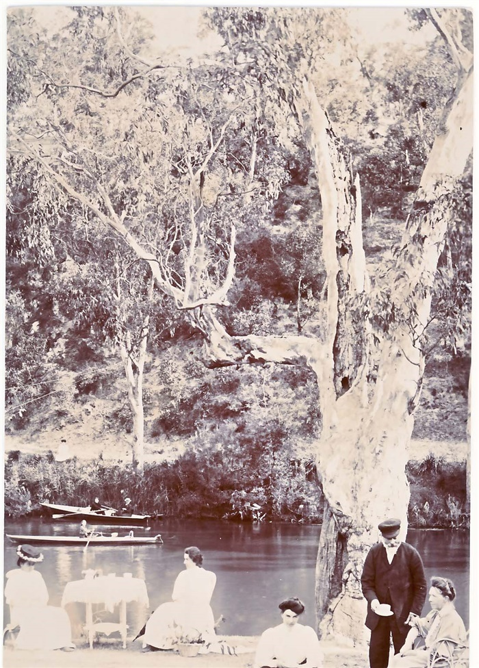 The Cooke family on the Yarra River