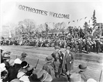 Image - Photo. a parade for the visit by the Duke and Duchess of York to Northcote in 1927